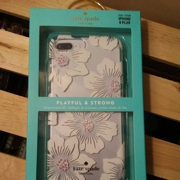 kate spade Accessories - Kate Spade iphone 8 Plus Case